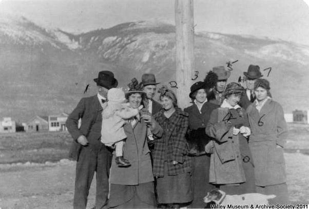 Lucille Johnson, No. 2 in checkered coat. Ca. 1920.